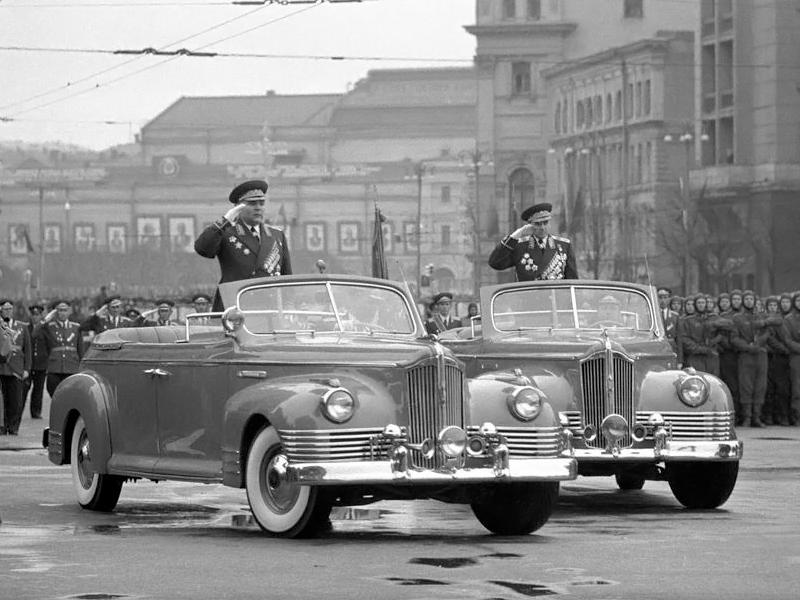 Auta moskiewskiej parady
