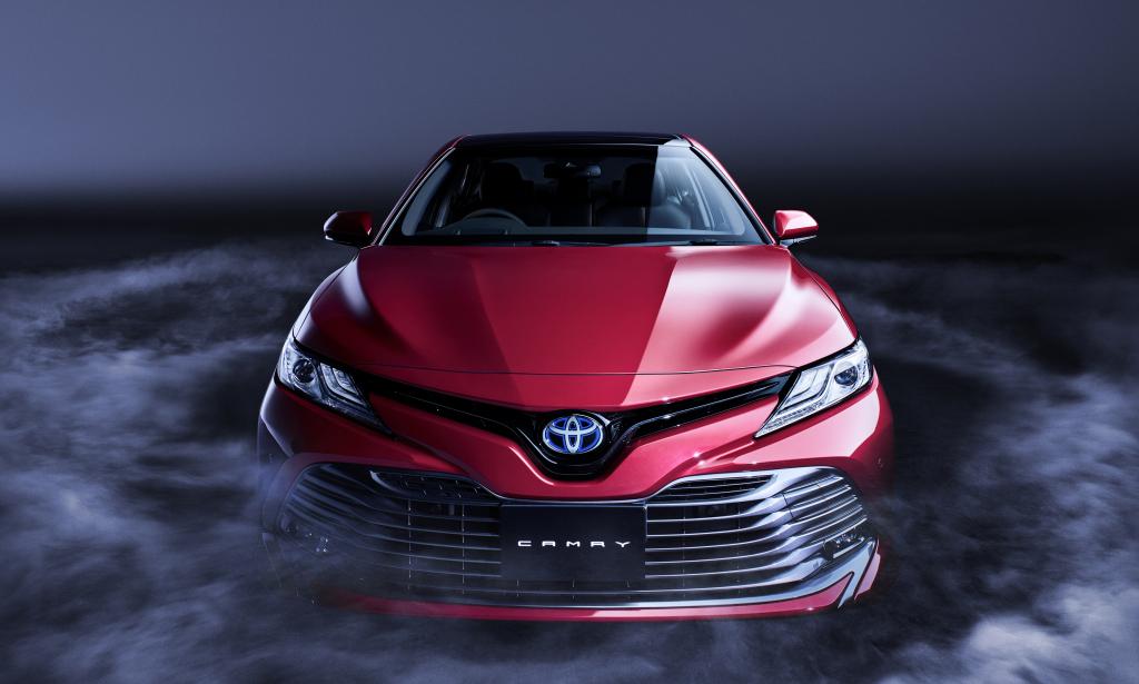Toyota Camry w Europie – cierpliwości